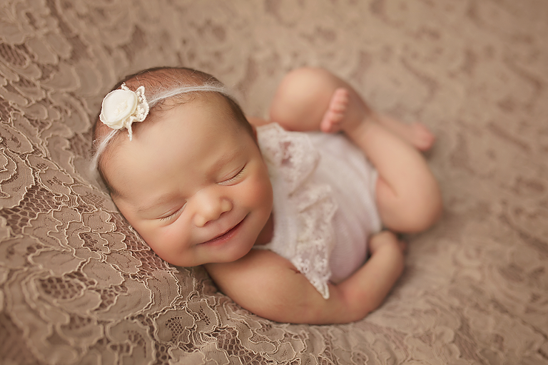 Nj best newborn photographer nj top newborn photographer central nj best newborn photographer
